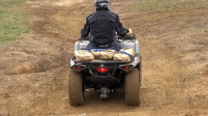 2015_can-am_outlander_l_500_test_rear_suspension_loaded